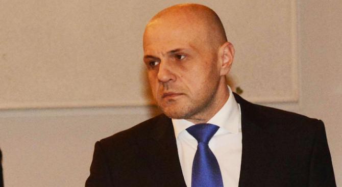 """Дончев: До четири месеца очакваме решението на съда за иска на """"Атомстройексперт"""""""