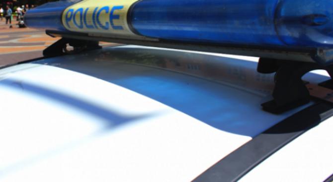 Окошариха младеж за кражби на вещи от леки автомобили