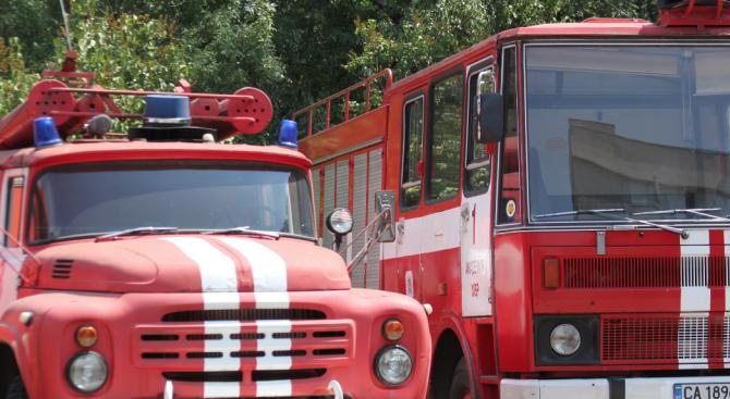 Потушен е пожарът в Музея на авиацията  в Крумово