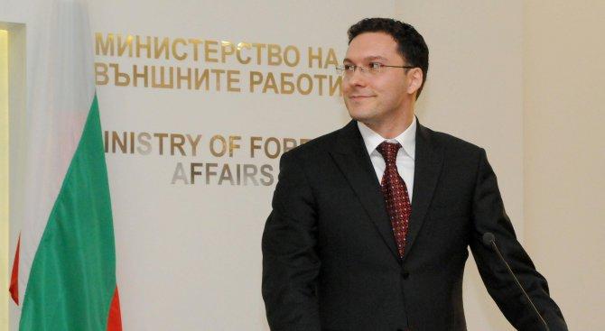 Митов: Не могат да се правят изключения за отпадането на визите, за която и да било държава