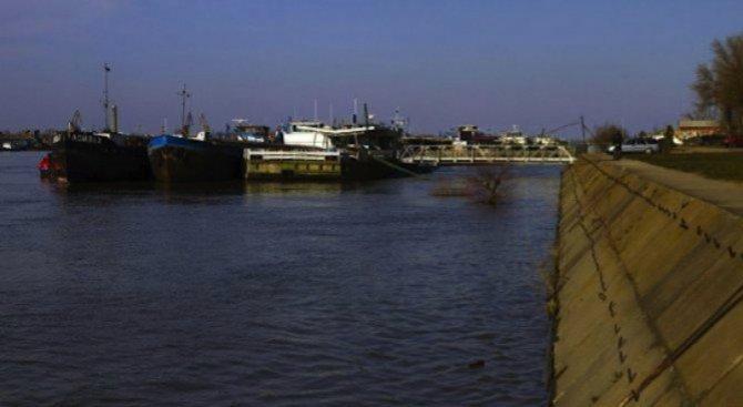 Понижи се нивото на Дунав в началото на българския участък
