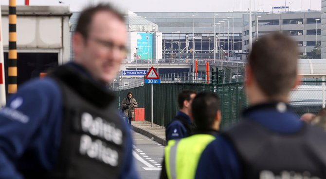 Взривове убиха хора в Брюксел (видео+галерия)