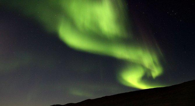 Български фотографи заснеха полярното сияние над Северна Норвегия (видео)