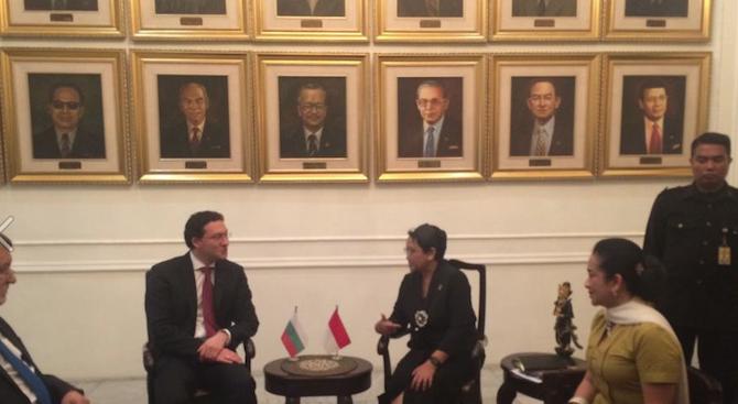 Даниел Митов се срещна с президента и с външния министър на Индонезия