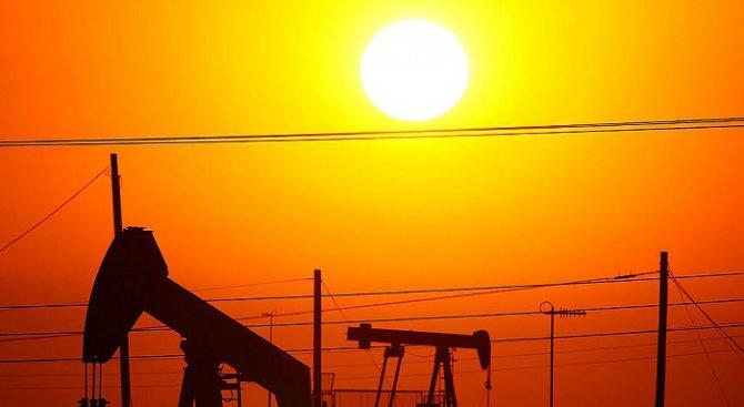 """Под $40 за барел е цената на петрола марка """"Брент"""""""