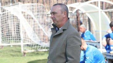 Владко Шаламанов остава треньор в Левски