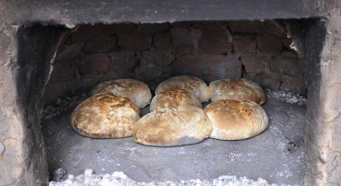 Пшеницата е рекордно евтина, хлябът – не