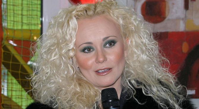 Денис Ризов се развежда с Наталия