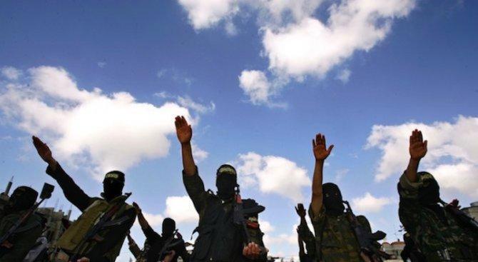 """Експерти: Приходите на """"Ислямска държава"""" спадат"""