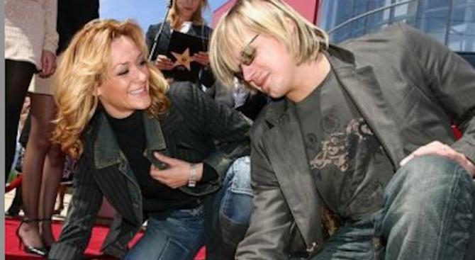 Албена и Максим се връщат в България