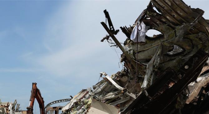 Две жертви след самолетната катастрофа в Англия