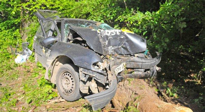 Мъж пострада при катастрофа между Враца и Оряхово (снимки)