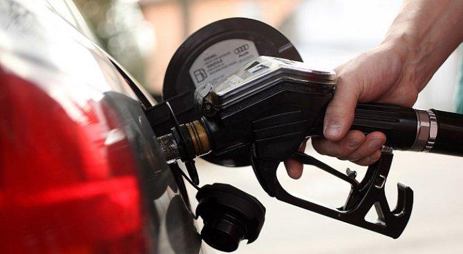 Бензинът и дизелът поскъпват