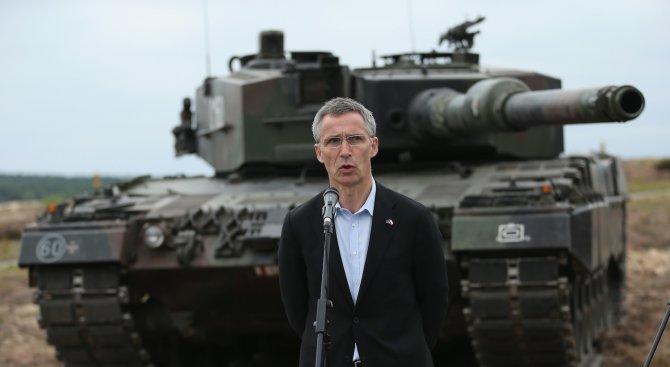 Шефът на НАТО: Ще реагираме на руска демонстрация на сила
