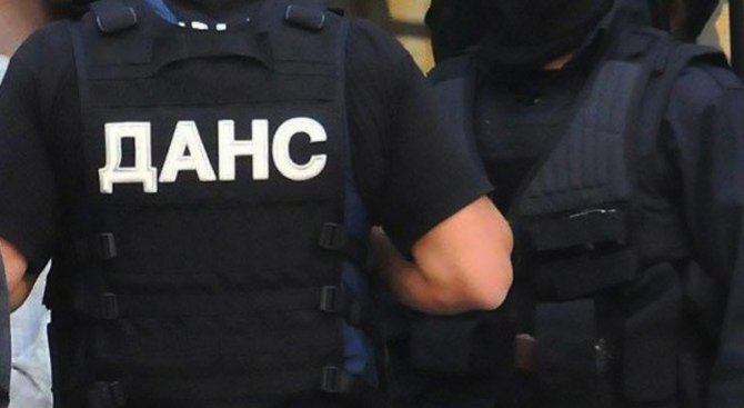 Арестуваха голяма група иманяри край Якоруда