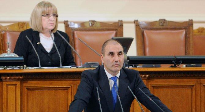 Цветанов: Ще подкрепим референдума, няма да участваме в дебат (видео)