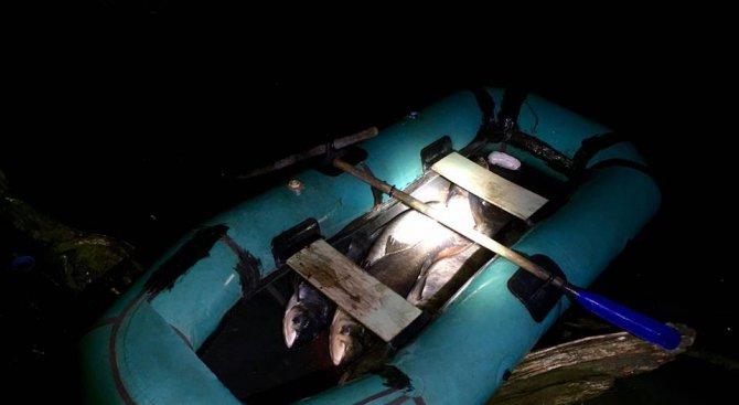 Конфискуваха 100 кг. риба и лодка