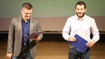 Иван и Андрей дадоха 100 бона за клубния магазин на Левски