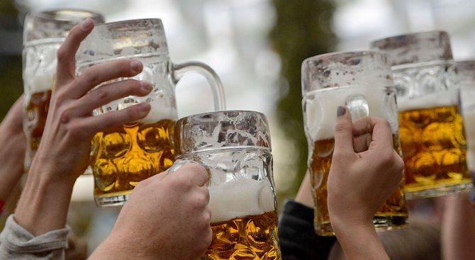 Забраняват двулитровата бира в Русия