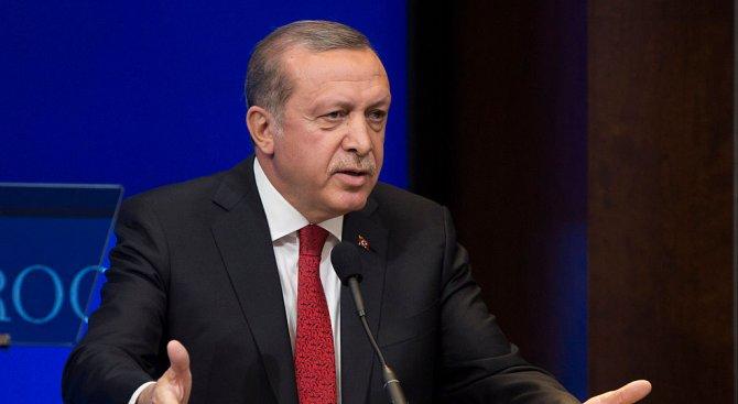 Ердоган призова света да сподели бремето на сирийските бежанци
