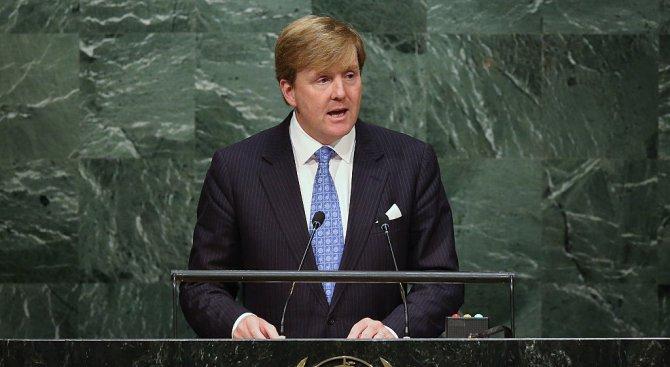 Холандският крал: Европейският букет ще бъде непълен без английската роза