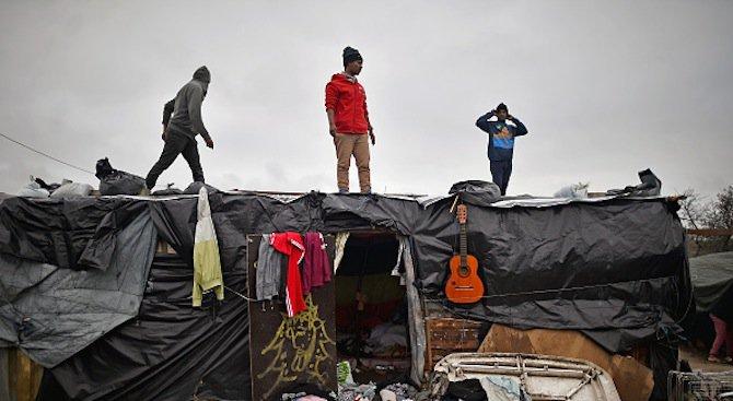 Сблъсъци в бежански лагер в северния френски град Кале