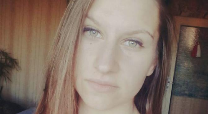 Близките на Веселина: Има следи от душене по тялото й, разследващите отричат