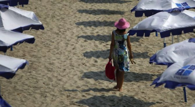 НАП, МВР и Митниците започват проверки в морските курорти