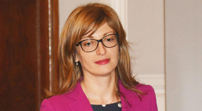 Екатерина Захариева заминава за Брюксел