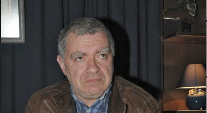 Проф. Константинов: Закъсняхме с кандидатите за президент