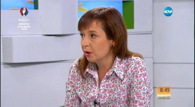 Зорница Русинова: 10 000 семейства повече ще получават детски надбавки (видео)