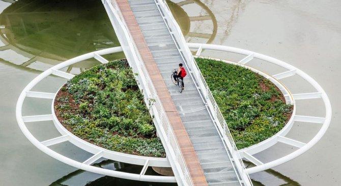Мост за 5 млн. долара, вдъхновен от водните лилии