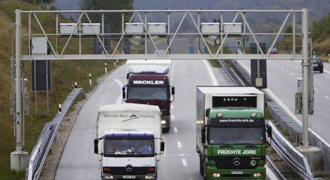 100 000 лв. плаща фирма на шофьор за злополука в Германия