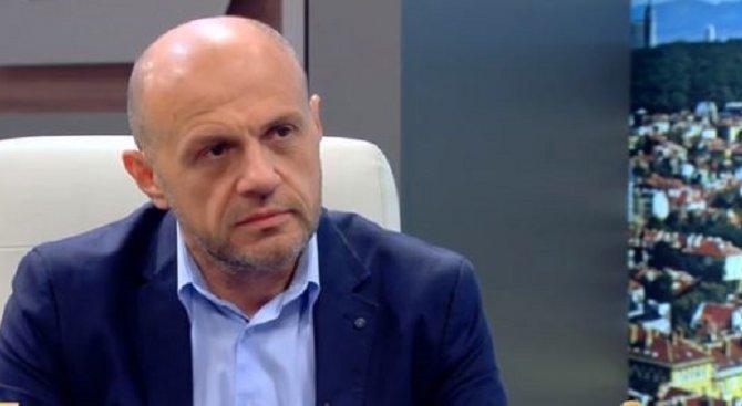 Дончев към Първанов: Човек, който тръгва със силен спринт - може да остане без сили за края (видео)
