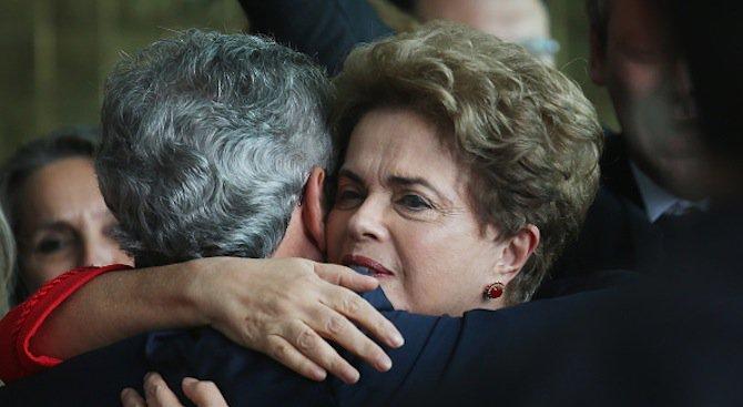 Бразилия отзова посланика си във Венецуела след импийчмънта