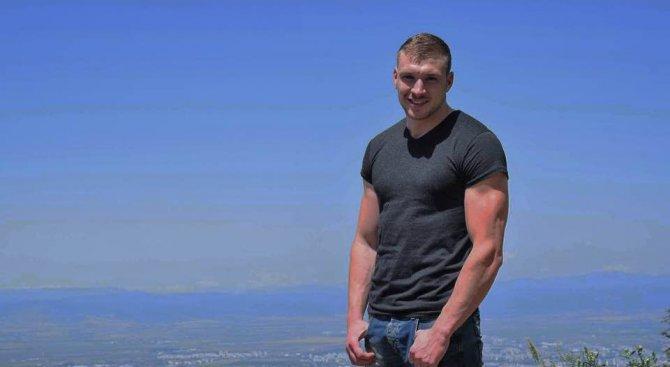 Кой е българинът с най-красиво тяло в света? (снимки)