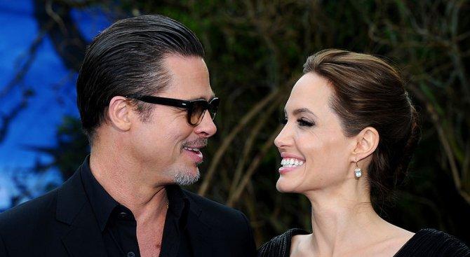 Брад Пит напълно отчаян след молбата за развод на Анджелина