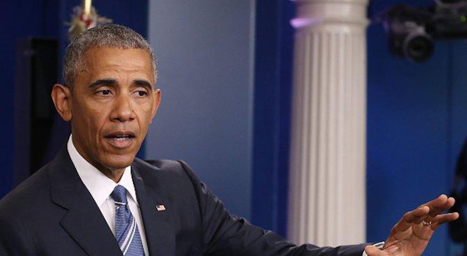 Обама и Бан Ки-мун се шегуват с пенсионирането на официален обяд в ООН