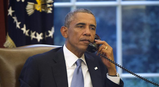 Обама похвали Клинтън и разкритикува Тръмп