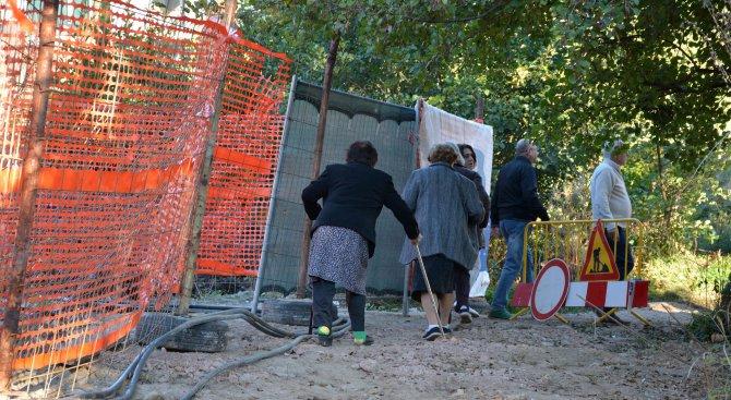 """Фандъкова обеща да отвори част от бул. """"Черни връх"""" до началото на ноември"""
