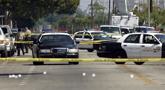 Най-малко трима души загинаха при стрелба в ресторант в Лос Анджелис