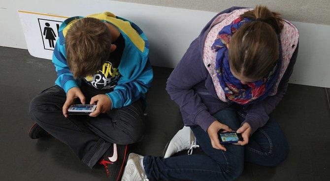 Барети съветват ученици как да се пазят извън дома и в интернет (видео)