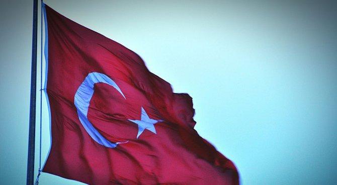 Арестуваха кметовете на Диарбекир по подозрения за връзки с тероризма