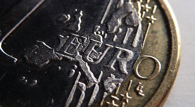 Дават още 2,8 млрд. евро за Гърция