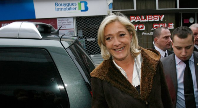 Адвокат на Марин Льо Пен: ЕП се намесва във френския президентски вот