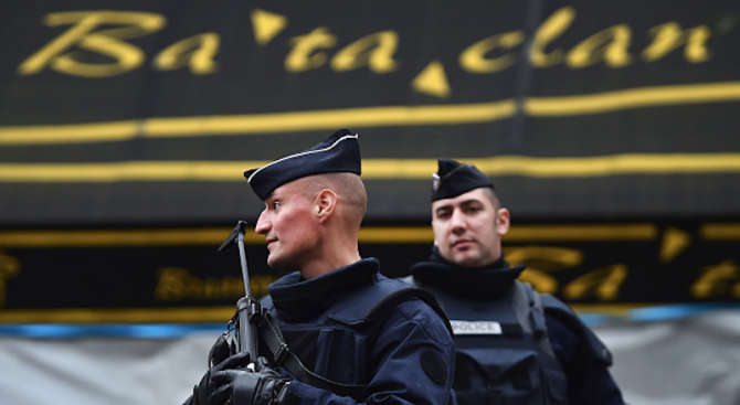 Франция си спомня за жертвите от атентата в Батаклан