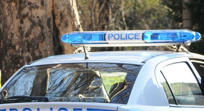 Спипаха двама телефонни измамници в Разград