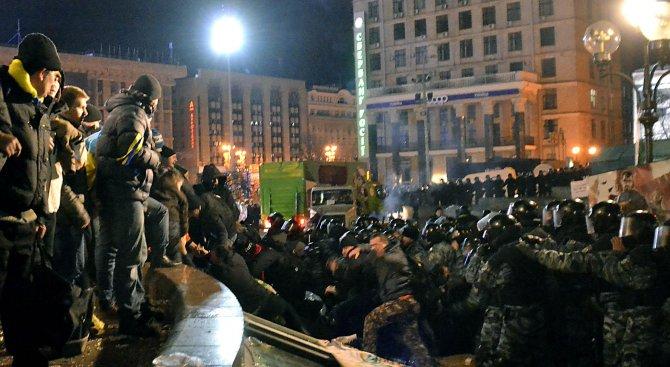 Огнена нощ в Киев (видео)