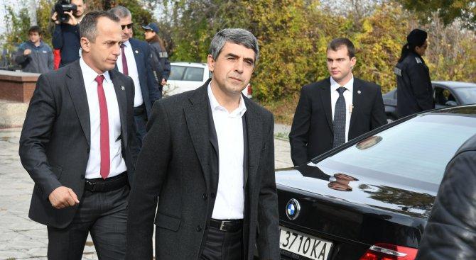 Плевнeлиев участва в дискусия за библиотеките