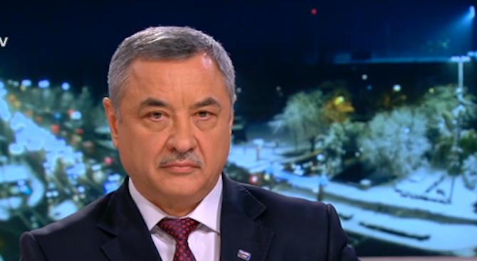 Валери Симеонов: Ще запазим голяма част от министрите, ако поемем властта